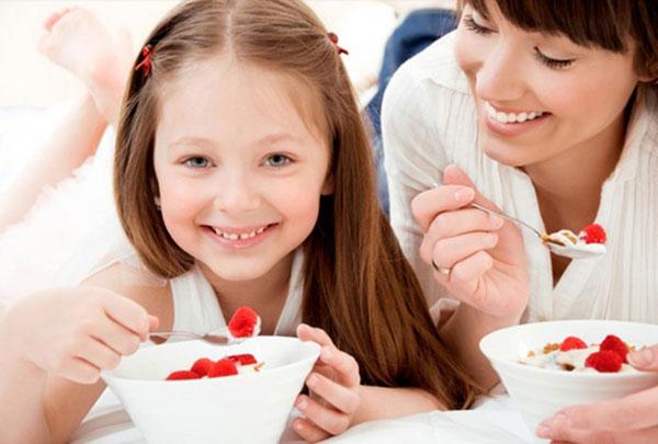 Ăn sữa chua giúp bổ sung vitamin D và Canxi cho cơ thể