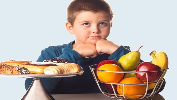 Trẻ béo phì thường không thể phát triển hết tiềm năng về chiều cao